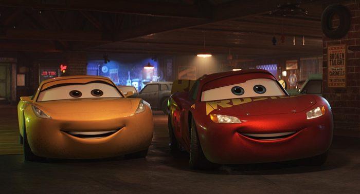 픽사-디즈니 애니메이션 시리즈 3편 <카3: 새로운 도전>이 예매율 13.91%를 기록하며 3위로 진입했다. 사진 월트 디즈니 컴퍼니 코리아