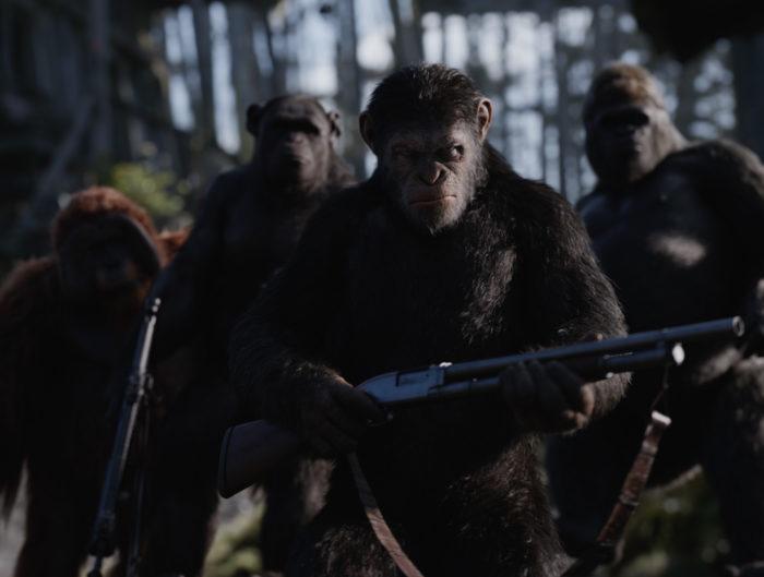 인간과 유인원, 종의 전쟁을 끝내는 <혹성탈출: 종의 전쟁>은 프리퀄 시리즈의 우아한 마침표로 손색없다. 사진 이십세기폭스코리아
