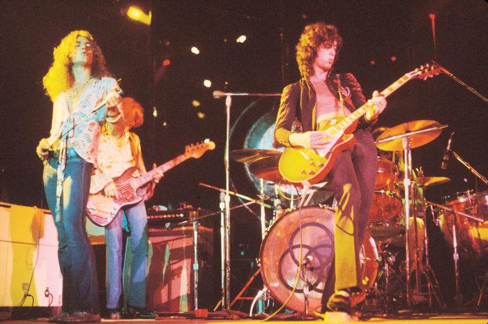 레드 제플린(Led Zepplelin)은 1969년에 데뷔해 40년이 넘은 지금까지도 활동을 이어가고 있는 영국의 4인조 록 밴드다. <토르: 라그나로크> 메인 테마곡인'Immigrant song'은 1970년에 출시된 레드 제플린 3집 앨범 수록곡이다. 사진 워너뮤직코리아