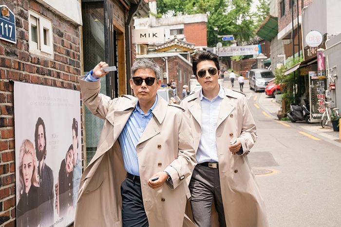 권상우와 성동일은 '탐정' 시리즈에 이어 영화 '두번 할까요'에서도 호흡을 맞춘다. 사진 CJ 엔터테인먼트