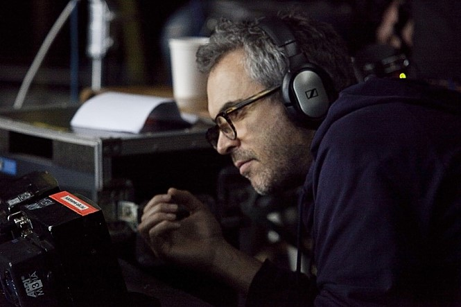 알폰소 쿠아론 감독은 '그래비티'(2013)에 선보인 롱테이크로 우주 공간을 스크린에 완벽히 구현했다. 사진 해리슨앤컴퍼니