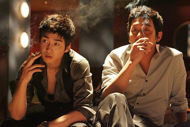 윤종빈 감독의 두 번째 장편 '비스티 보이즈'는 호스트바를 배경으로 현실에 치이는 청춘을 그렸다. 사진 롯데엔터테인먼트