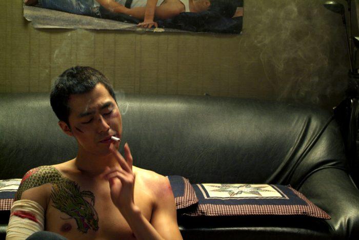 '쌍화점'에서 폭력조직 넘버 3 병두 역을 맡은 조인성. 사진 CJ엔터테인먼트