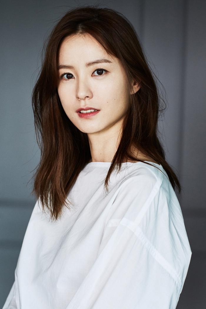 로맨스 드라마에서 강세를 보인 는 '82년생 김지영'을 통해 또 다른 모습에 도전한다. 사진 매니지먼트 숲