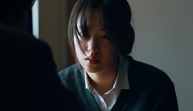 김의석 감독은 친구를 잃은 경험을 끄집어내'죄 많은 소녀'의 각본을 썼다. 그리고 강렬한 감정을 영화에 그대로 담았다. 사진 CGV 아트하우스