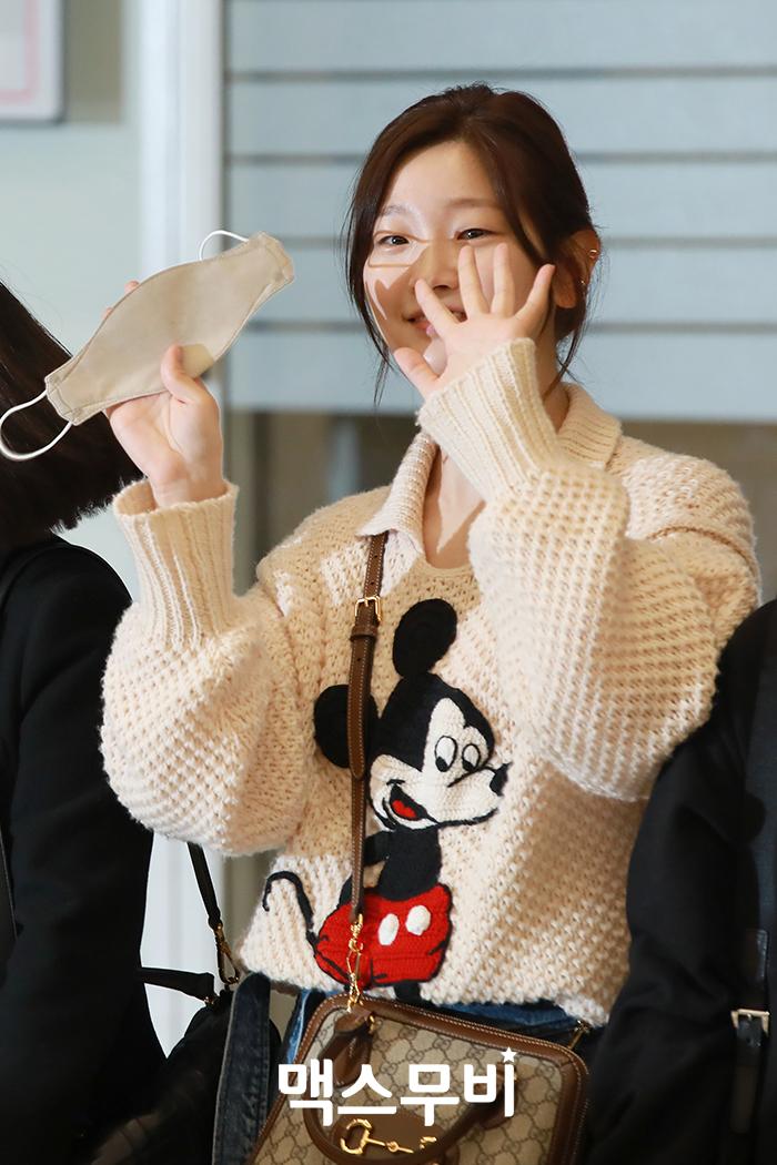 배우 박소담이 인천공항을 통해 입국했다.