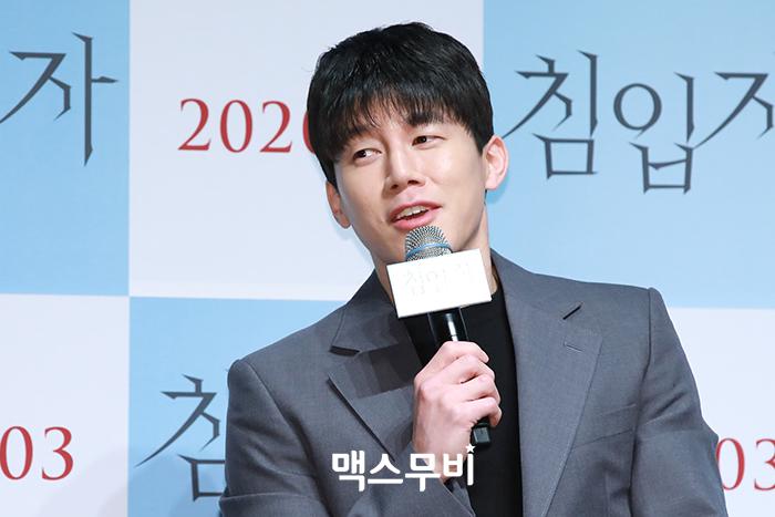 영화 '침입자'에 출연한 배우 김무열. 사진