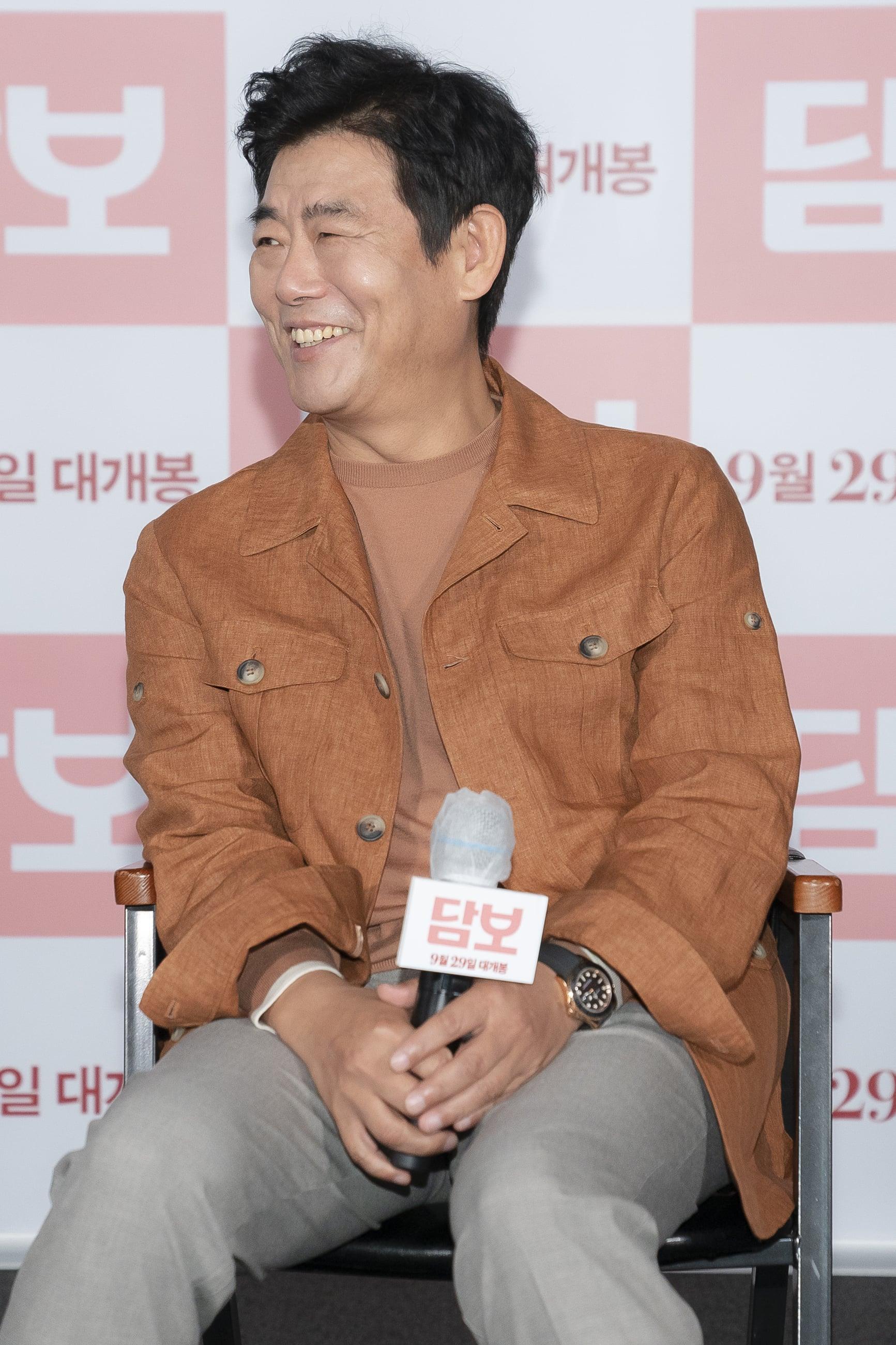 영화 '담보' 출연 배우 성동일 . 사진 CJ엔터테인먼트
